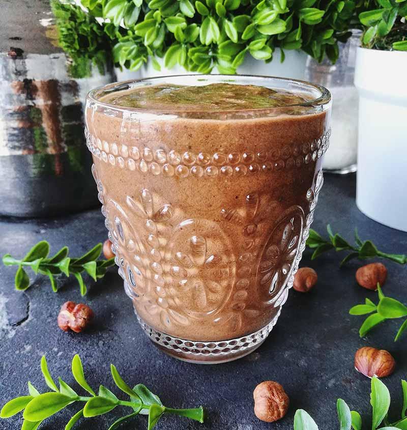 Receta energética y muy nutritiva: smoothie de nutella vegana