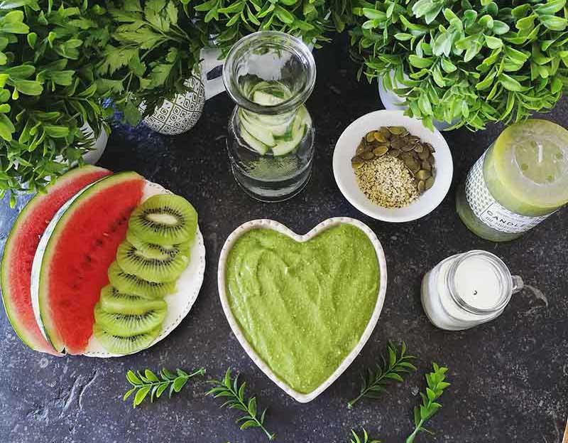 Recette de glace végane aux épinards: nice cream vert